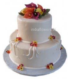 2 Tier Cake in vanilla, pineapple, chocolate flavor for anniversary or birthday. 3 Kg. approx.