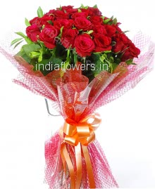 Bunch of 25 Red Roses nicely decorated with plastic celephane packing