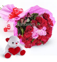 Bunch of 25 Red and Pink Roses with Paper packing and ribbons and 6 Inch Teddy