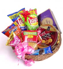 Basket of Chocolates , Cookies and Namkins. Contains 1pc Cadbury Rich Dry fruits 180g., 1 box of Danish Cookies 400g., 1 pack of Oreo 120g., 2pc Lays Chips, 1pc Kurkure, 1pc Bhujia and 1pc Little Heart Pouch